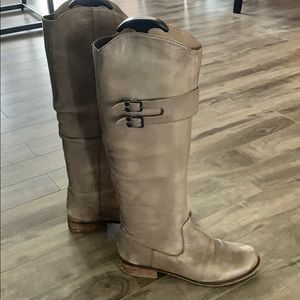 Steve Madden Leather Grey Boots